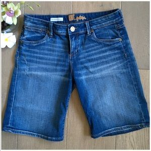 Kut From The Kloth Dark Washed Jean Shorts Size 4